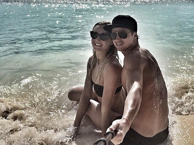 Тарасов: когда жили на острове, к нам с Олей приплывали дельфины
