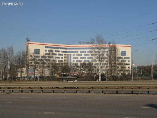 Сборная России прилетела в Москву, тренировка перенесена с 17 на 18 часов