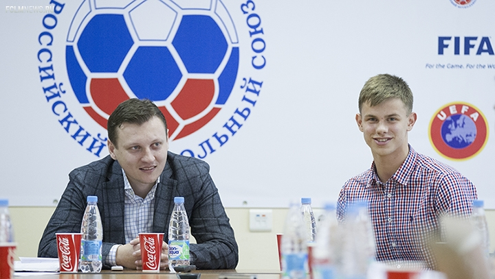 Артем Галаджан принял участие в пресс-конференции