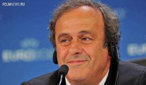 УЕФА рассмотрит в июне вопрос смягчения финансового fair play - Платини