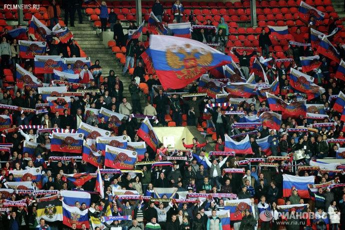 Тренера сборной России по футболу могут выбрать с помощью голосования в Интернете