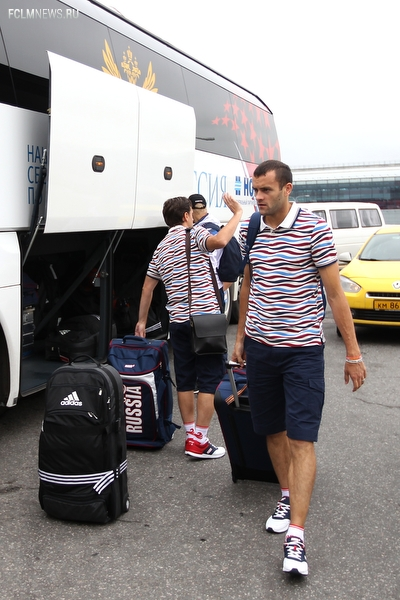 Сборная России по пляжному футболу отправилась на Европейские игры в Баку