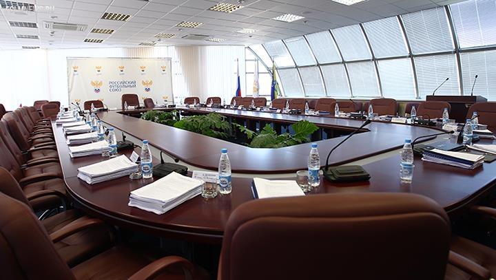 Кроме лимита на легионеров исполком РФС внесет изменения в дисциплинарный регламент