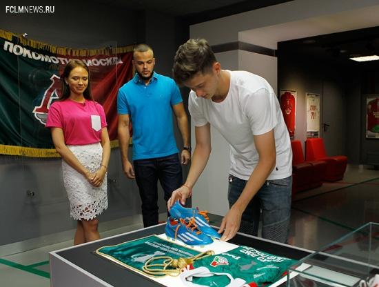 #ИграйКрасиво, Миранчук и Лиза в музее
