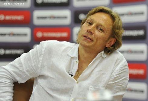 Валерий Карпин: «Локомотив» сейчас пытается все вернуть, но без результата люди на трибуны не вернутся