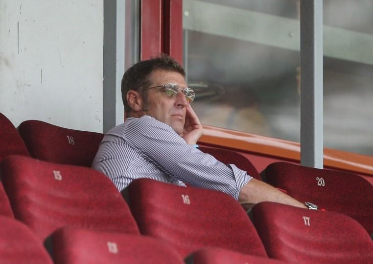 Лидер проигрывает дебютанту. Что не так с «Локомотивом»
