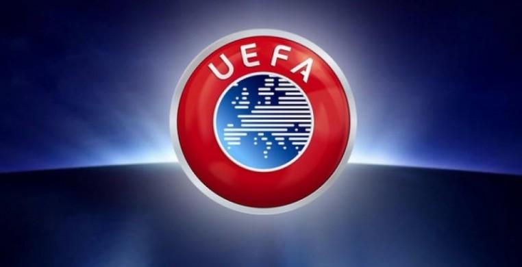 УЕФА в ближайшее время объявит о введении четвертой замены